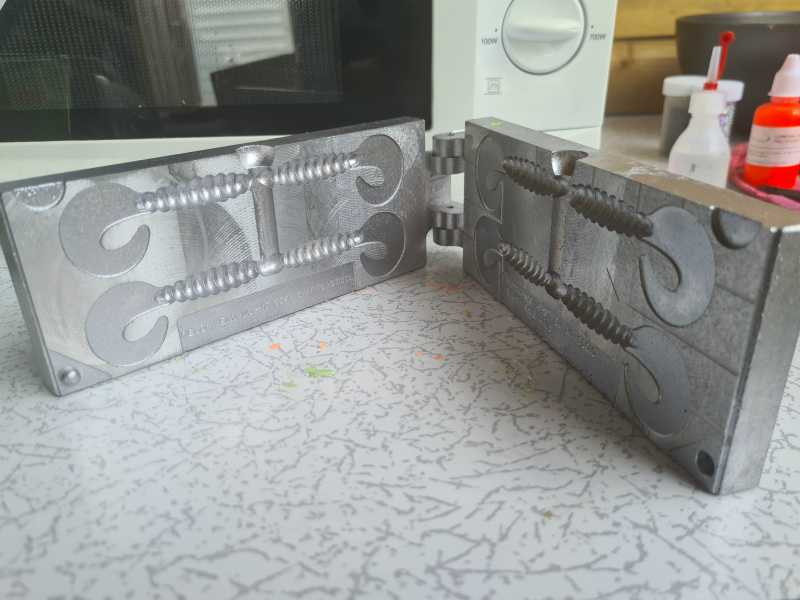3-D Mold